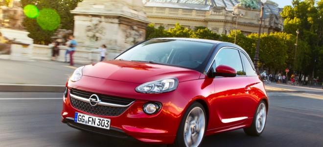 Nuova Opel Adam: un testimonial d'eccezione